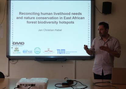 Prof. Jan C. Habel opening his talk on DAAD project dissemination
